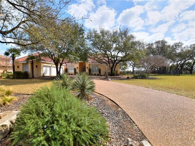 26023 Masters Pkwy, Spicewood, TX 78669 (#4370244) :: The ZinaSells Group