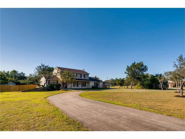 411 Carriage Oaks Dr, Liberty Hill, TX 78642 (#4408159) :: RE/MAX Capital City