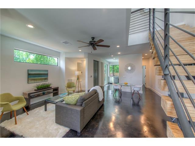 615 W Odell St A, Austin, TX 78752 (#4419627) :: Kevin White Group