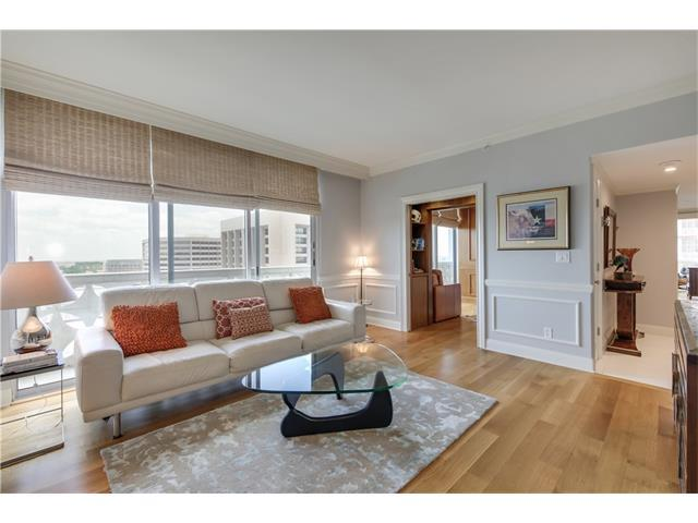 1801 Lavaca St 8J, Austin, TX 78701 (#4440927) :: The Gregory Group