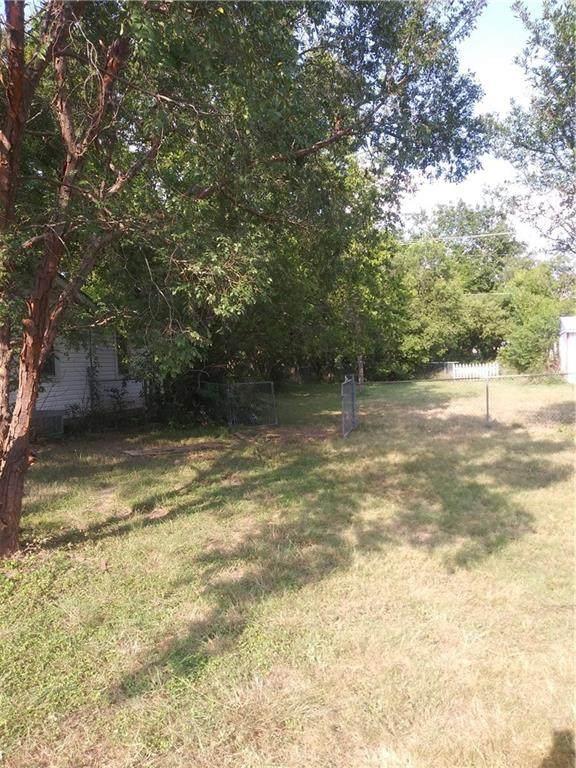 1108 S 8th St, Killeen, TX 76541 (#4444029) :: Papasan Real Estate Team @ Keller Williams Realty