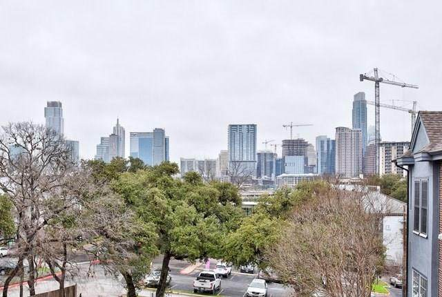 700 S 1st St #202, Austin, TX 78704 (#4461376) :: The Summers Group