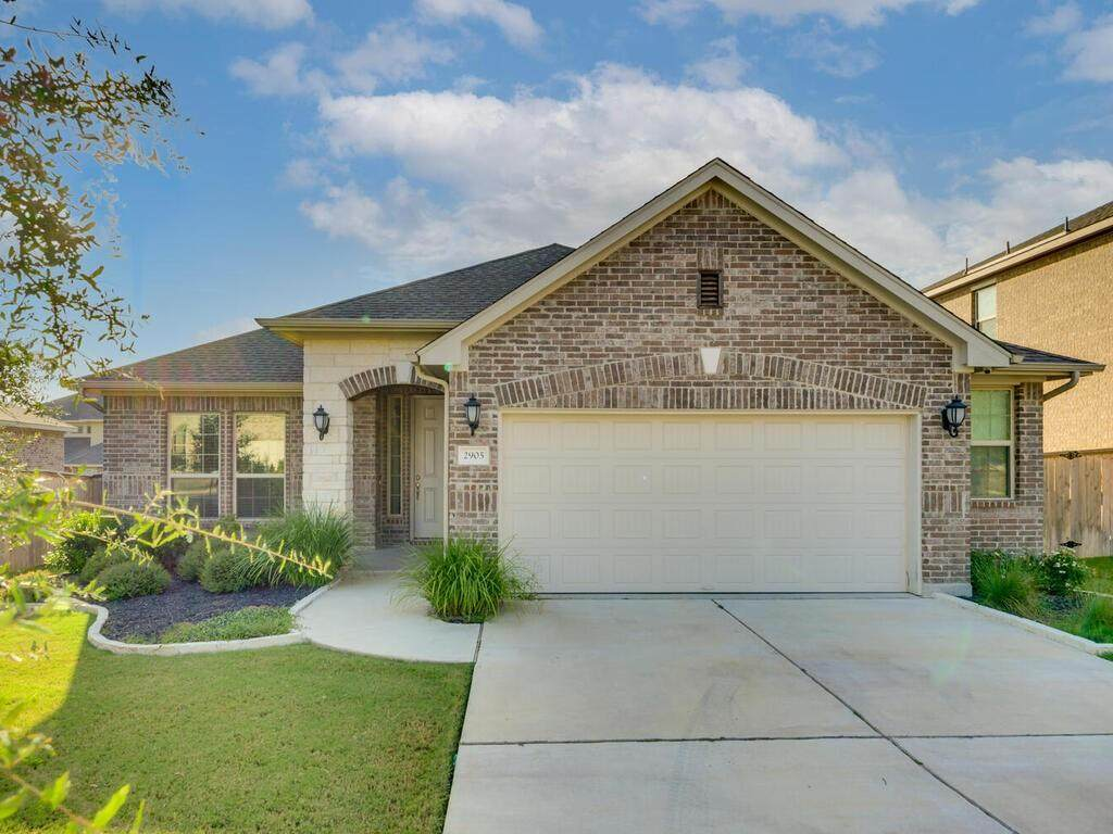 2905 Coral Valley Dr - Photo 1