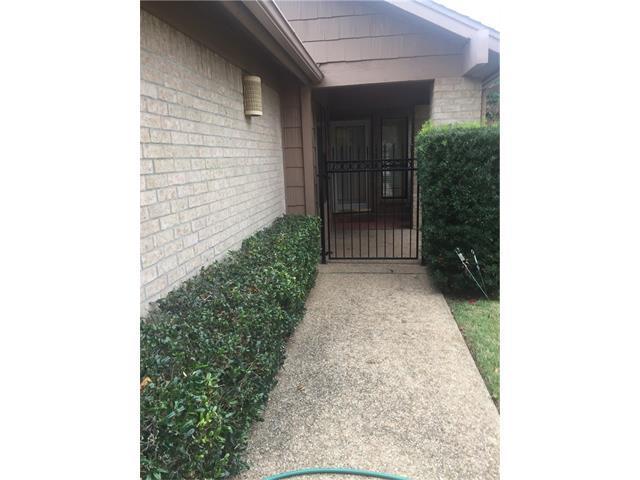 10908A Crown Colony Dr #4, Austin, TX 78747 (#4572244) :: Austin International Group LLC