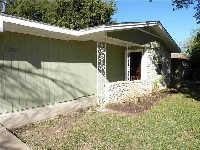 5206 Saint Georges Grn, Austin, TX 78745 (#4576797) :: Watters International