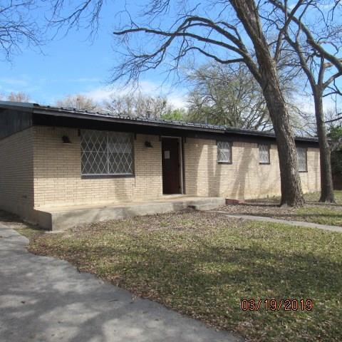 1417 W 4th St, Lampasas, TX 76550 (#4641275) :: Realty Executives - Town & Country