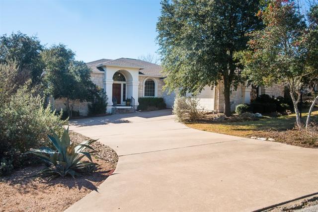 504 Dragon, Lakeway, TX 78734 (#4723535) :: Papasan Real Estate Team @ Keller Williams Realty