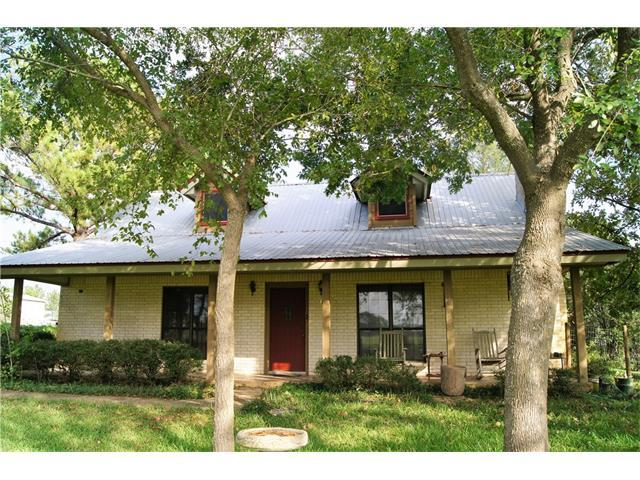 157 Pleasant Grove Rd, Elgin, TX 78621 (#4742842) :: Kevin White Group