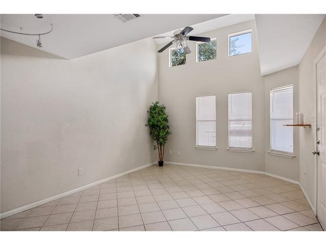 2104 Cullen Ave #223, Austin, TX 78757 (#4794611) :: RE/MAX Capital City