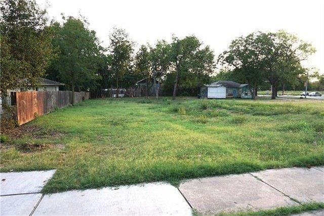 4607 Ledesma Rd, Austin, TX 78721 (#4825310) :: The Heyl Group at Keller Williams
