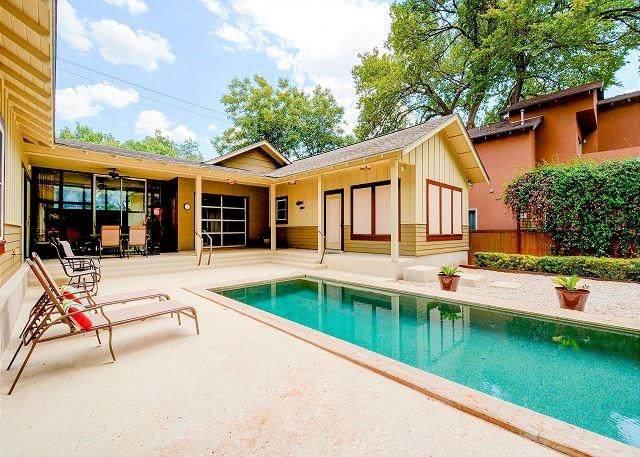 2408 Wilson St, Austin, TX 78704 (#4879653) :: The Summers Group