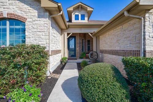 105 S Santa Fe Trl, Liberty Hill, TX 78642 (#4920619) :: Ben Kinney Real Estate Team