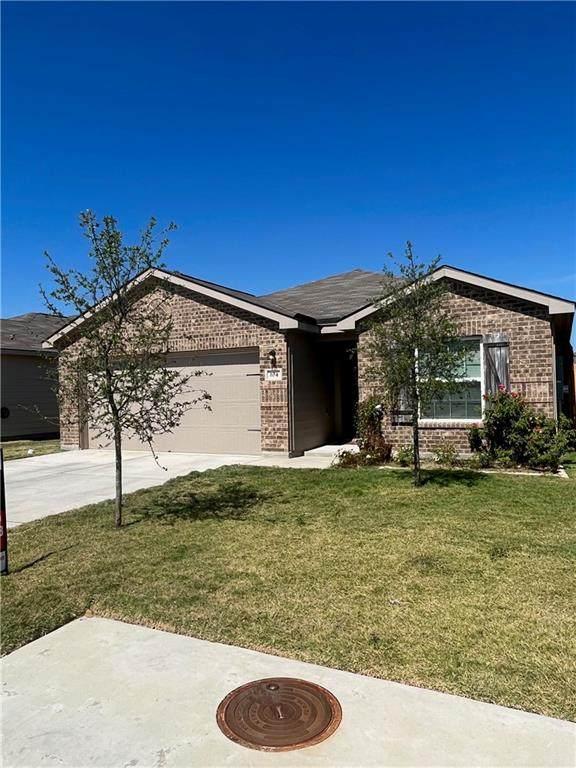 104 Niven Path 19-E, Jarrell, TX 76537 (#5018731) :: Front Real Estate Co.