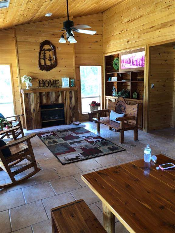 1167 Old Pin Oak Rd, Paige, TX 78659 (MLS #5040662) :: Vista Real Estate