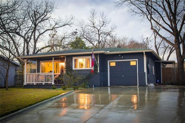 455 W Nacogdoches St, New Braunfels, TX 78130 (#5054331) :: Watters International