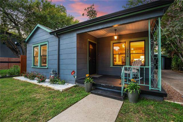 204 Caney St, Austin, TX 78702 (#5075261) :: The Heyl Group at Keller Williams
