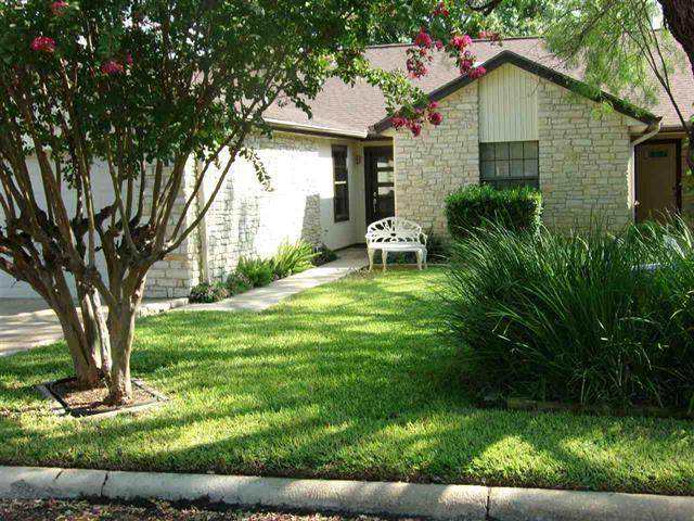 22 Fairway Ln, Meadowlakes, TX 78654 (#5145703) :: RE/MAX Capital City