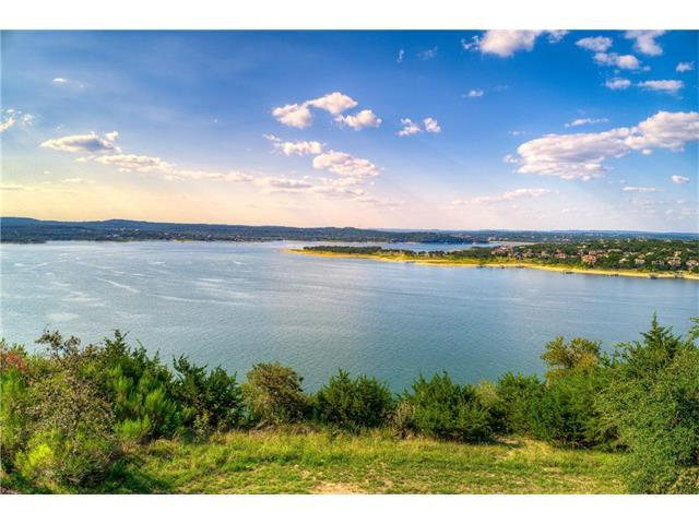 7 Water Front Ave, Lakeway, TX 78734 (#5233953) :: Watters International