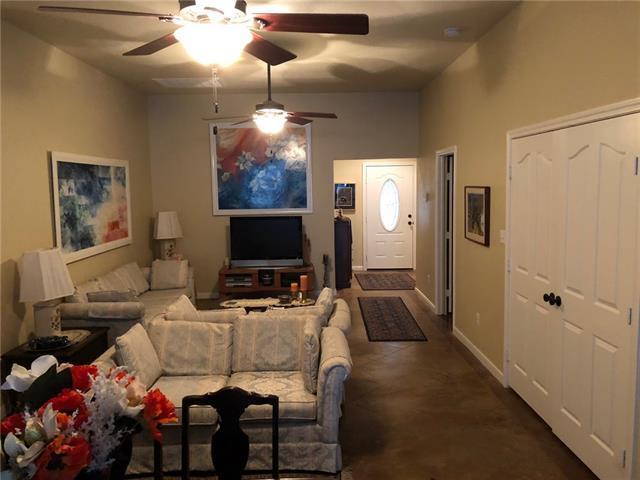 312 Main St C, Smithville, TX 78957 (#5331257) :: Forte Properties