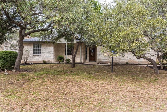 333 Hurst Creek Rd, Lakeway, TX 78734 (#5396383) :: Watters International