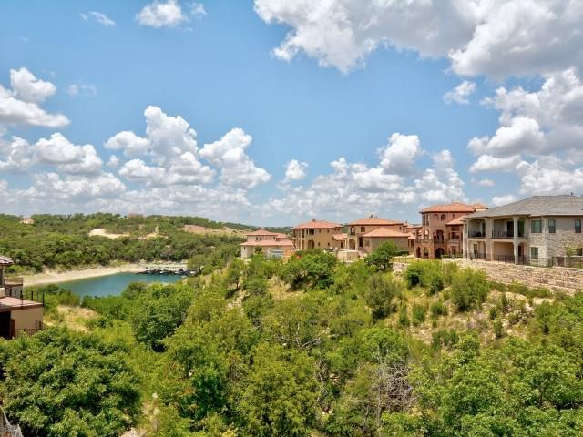 400 Marina View Way, Lakeway, TX 78734 (#5526166) :: The ZinaSells Group