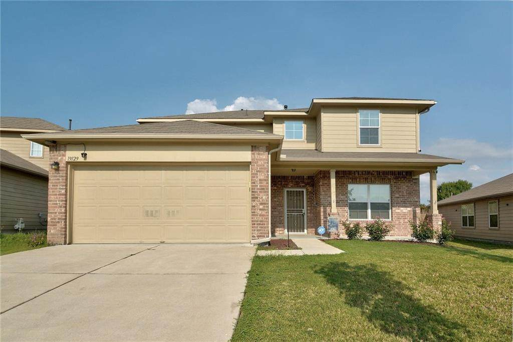 19129 Great Falls Dr - Photo 1