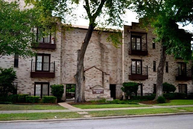 2216 San Gabriel St #305, Austin, TX 78705 (#5678330) :: Lancashire Group at Keller Williams Realty
