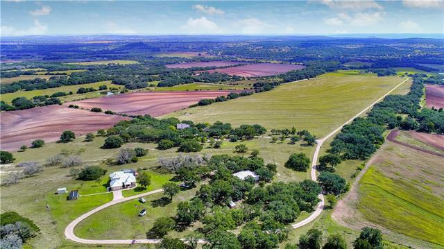 765 Brewer Rd, Fredericksburg, TX 78624 (#5722511) :: Forte Properties