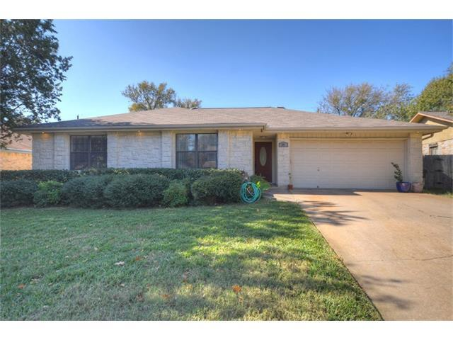 211 Woodstone Dr, Georgetown, TX 78628 (#5726802) :: Austin Portfolio Real Estate - Keller Williams Luxury Homes - The Bucher Group