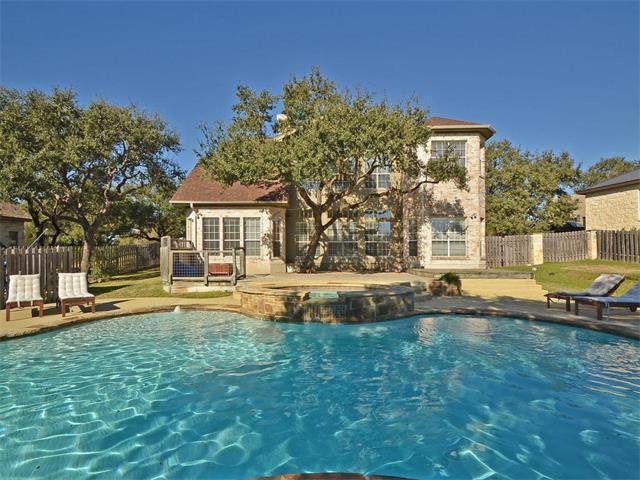 112 Medalist St, Lakeway, TX 78734 (#5757435) :: Papasan Real Estate Team @ Keller Williams Realty