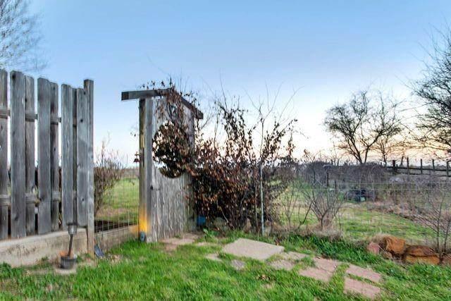 1000 Norwood Highway, Hearne, TX 77859 (#5801171) :: Papasan Real Estate Team @ Keller Williams Realty