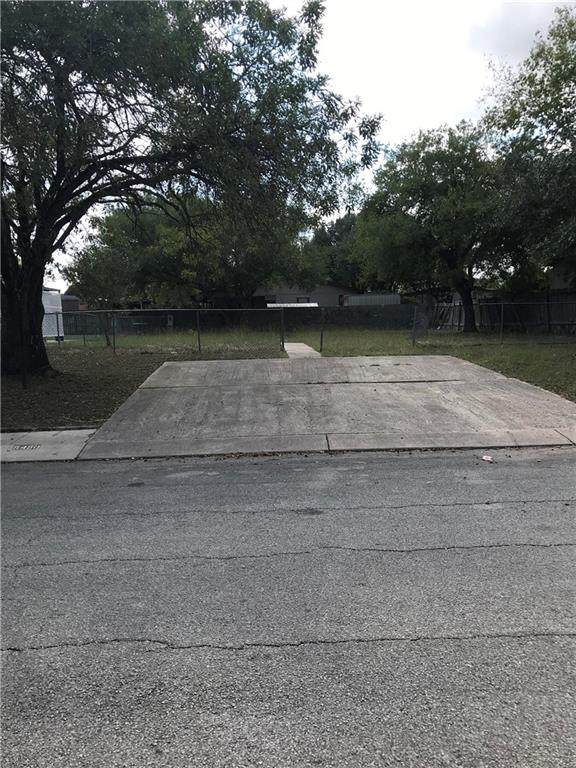 5450 Diamondback Trl, Out of State, TX 78222 (#5804421) :: Ben Kinney Real Estate Team