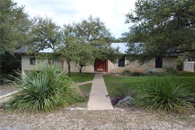 6702 Wolfcreek Pass, Austin, TX 78749 (#5837868) :: Watters International
