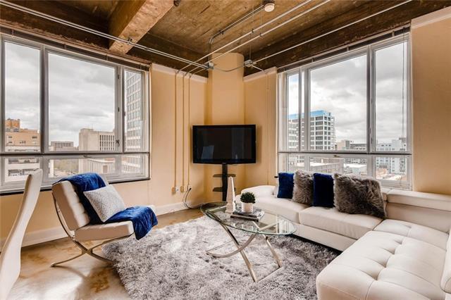 710 Colorado St 9D, Austin, TX 78701 (#5854107) :: Austin Portfolio Real Estate - Keller Williams Luxury Homes - The Bucher Group