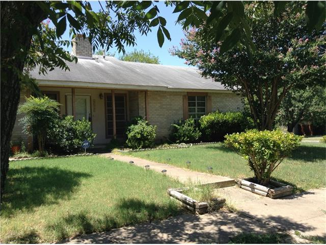 2011 Carriage Park Ln, Austin, TX 78727 (#5895512) :: Forte Properties