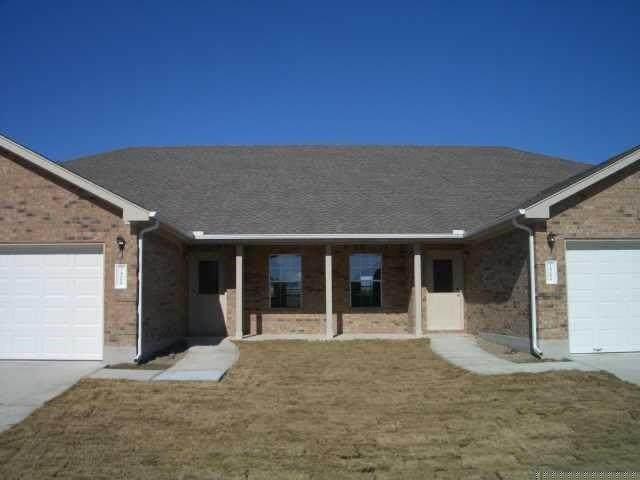 1408 Bergin Ct, Georgetown, TX 78626 (#6009549) :: Lancashire Group at Keller Williams Realty