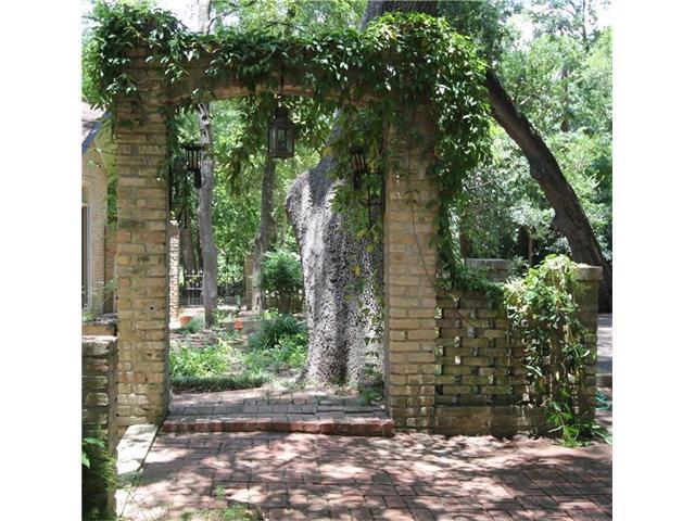 4710 Carter Ln, Austin, TX 78744 (#6064530) :: Forte Properties