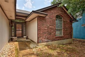 5608 Teri Rd, Austin, TX 78744 (#6067821) :: Zina & Co. Real Estate