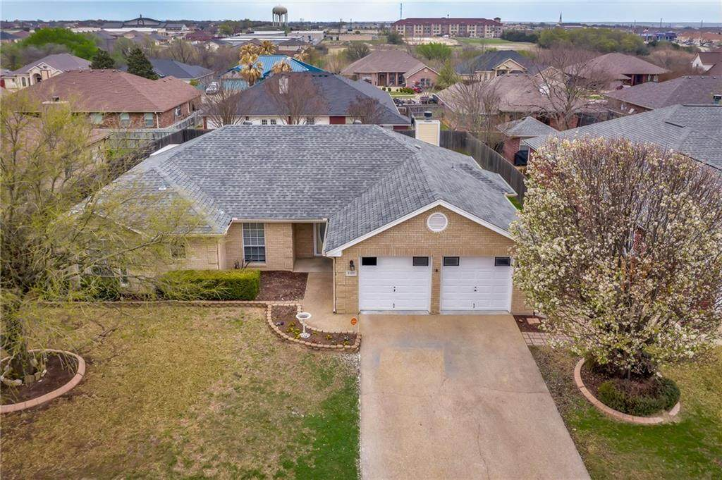 2105 Southport Dr - Photo 1
