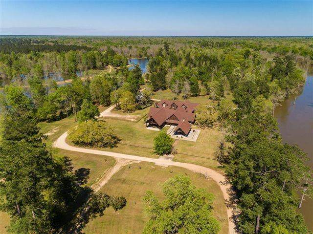 000 Bear Mans Bluff Rd, Silsbee, TX 77656 (#6136595) :: Lauren McCoy with David Brodsky Properties