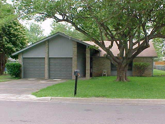 408 E Central Dr, Georgetown, TX 78628 (#6226852) :: The Perry Henderson Group at Berkshire Hathaway Texas Realty