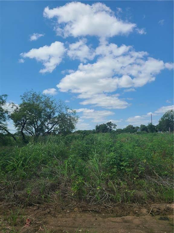 114 Frances Loop, Bastrop, TX 78602 (#6250028) :: Zina & Co. Real Estate