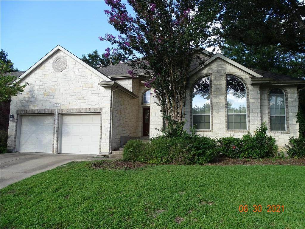 2749 Lake Forest Dr - Photo 1
