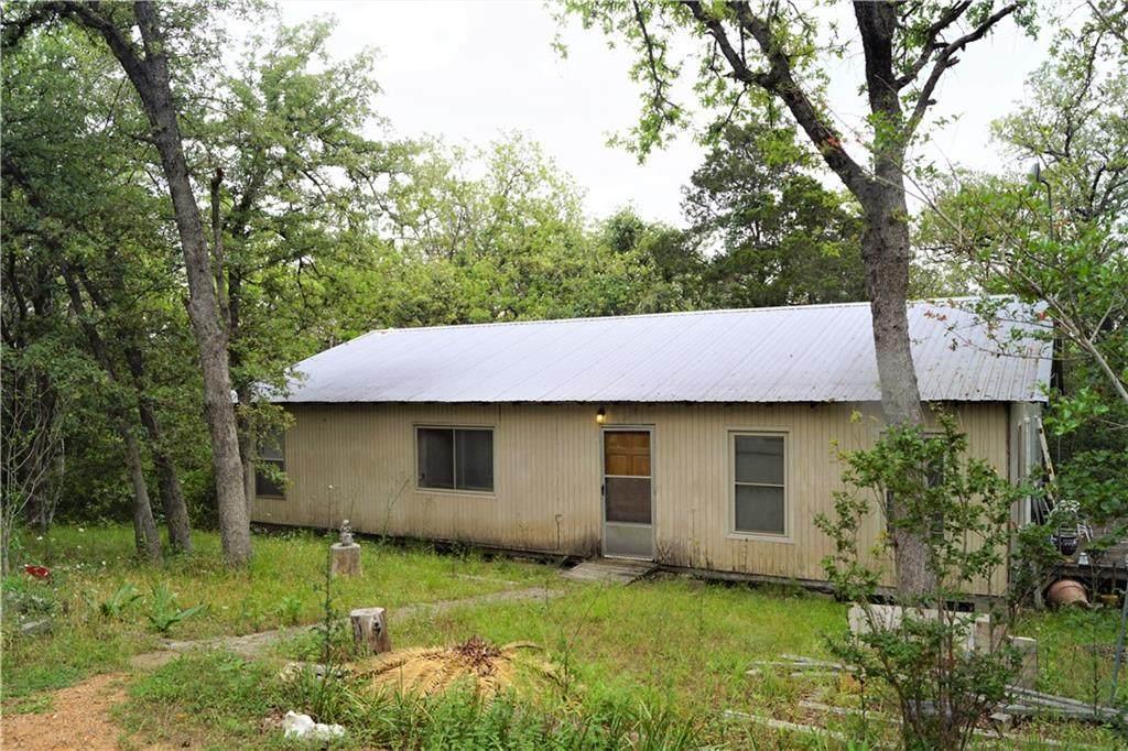 586 Hidden Oaks Dr - Photo 1