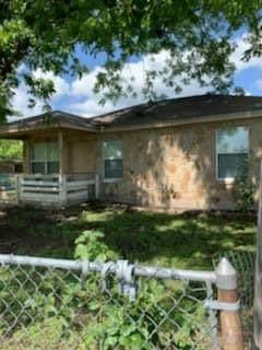 200 N 7th St, Lometa, TX 76853 (#6446822) :: Papasan Real Estate Team @ Keller Williams Realty