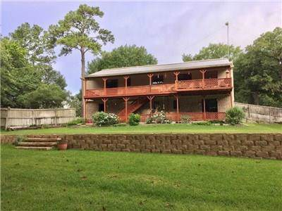 3878 Pineridge Rd, La Grange, TX 78945 (#6500585) :: 12 Points Group