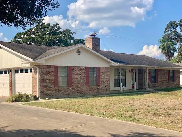 763 N Joekel Ave, Giddings, TX 78942 (#6650141) :: The Perry Henderson Group at Berkshire Hathaway Texas Realty