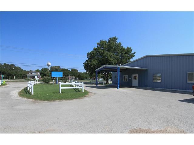 131 E Front St, Hutto, TX 78634 (#6659181) :: RE/MAX Capital City
