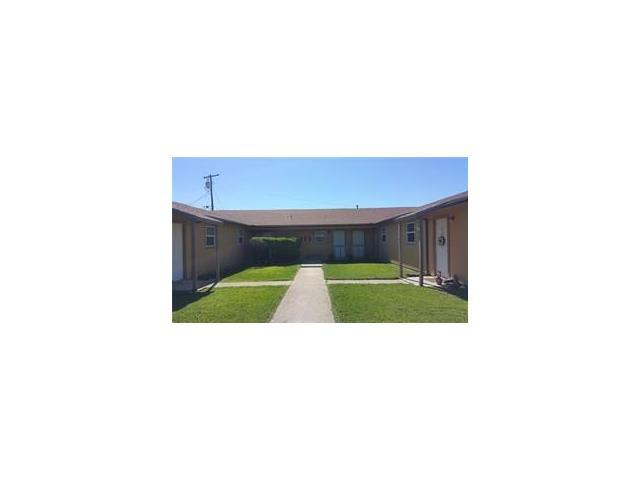 1611 Jones St #1, Taylor, TX 76574 (#6676245) :: Watters International