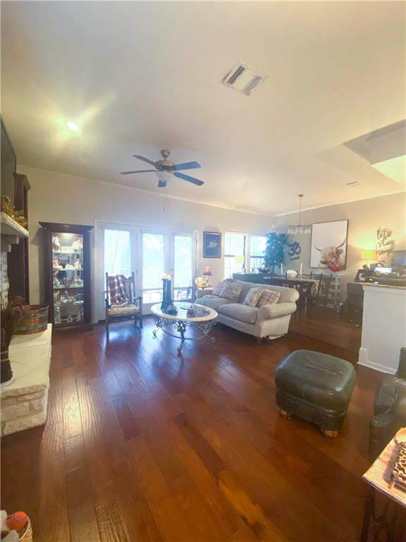 2201 Lakeway Blvd #20, Lakeway, TX 78734 (#6685681) :: Papasan Real Estate Team @ Keller Williams Realty